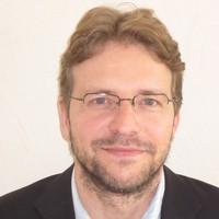 Dr Andreas Ufen
